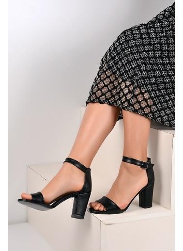 Pembe Potin Ayakkabı Siyah